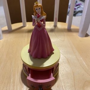 Sleeping Beauty Figurine for Sale in Evanston, IL