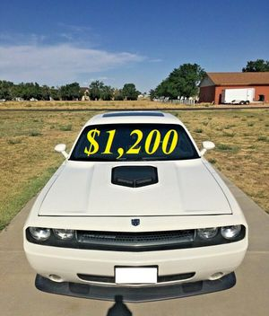 🌺$1,2OO Selling🌺 2009 Dodge Challenger🌺 very nice🙏🏼 for Sale in Tempe, AZ