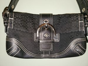 COACH Handbag for Sale in Copley, OH