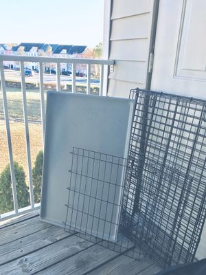 YOU & ME 1 DOOR FOLDING DOG CRATE LARGE for Sale in Herndon, VA
