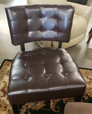 New Brown Chair for Sale in Puyallup, WA