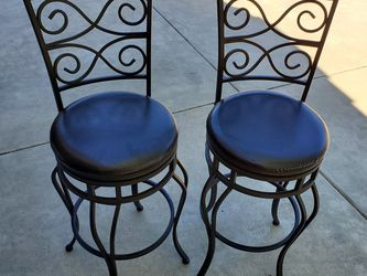 Bar Stools, Swiveling, Wrought Iron for Sale in Temecula,  CA