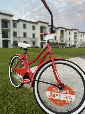"Huffy Cruiser Bike, wheels size 24"" for Sale in North Miami Beach, FL"