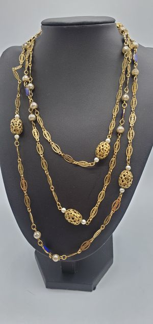 Long Vintage Beaded Necklace for Sale in Springfield, MA