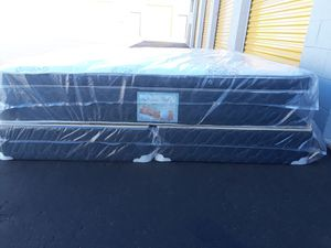 Brand new king size set pillowtop mattress included box spring free delivery for Sale in Chandler, AZ