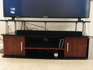 Tv table for Sale in Charlotte, NC
