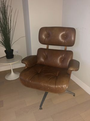 Charles Eames Lounge Chair and Ottoman, brown leather for Sale for sale  New York, NY
