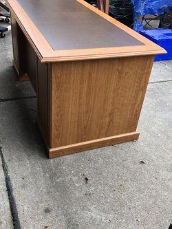 Desk for Sale in Sugar Land,  TX