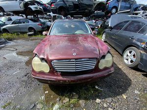 Mercedes C240 2002 only parts engine good for Sale in Miami Gardens, FL