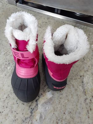 Snow boots size 10 for Sale in Lexington, MA