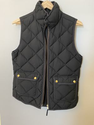 J CREW - XS black quilted vest for Sale in Washington, DC