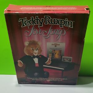 Teddy Ruxpin 1986 Tuxedo Outfit + Book + Cassette for Sale in Stevens, PA