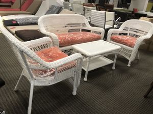 4pc all weather outdoor patio furniture set for Sale in Alexandria, VA