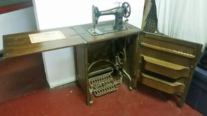ANTIQUE VINTAGE SEWING MACHINE TREADLE CABINET for Sale in San Diego, CA