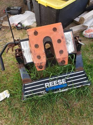 Reese 5th wheel hitch for Sale in Reed City, MI