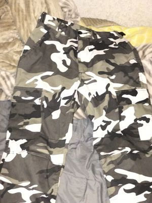 White Camo Cargo Pants for Sale in Hayward, CA