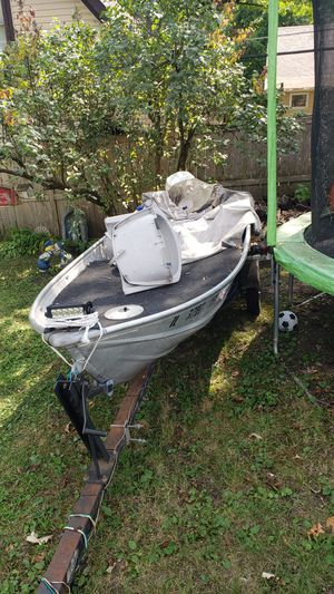 10 foot aluminum boat. for Sale in Ingleside, IL