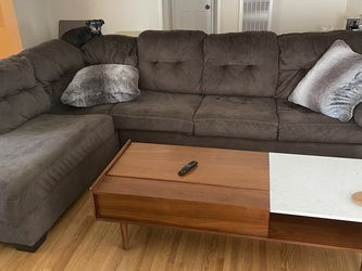 Soft, brown sofa with chaise. for Sale in Los Angeles,  CA