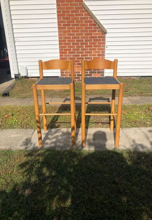 2 chairs for Sale in Virginia Beach, VA