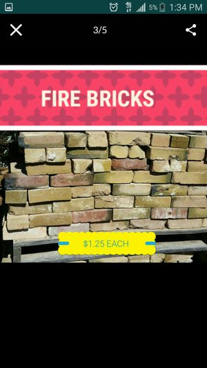 DIY PIZZA OVEN FIRE BRICK, $1.25 A BRICK, MAINLY YELLOW COLOR, BUT HAVE SOME RED, NO DELIVERY, WE HV A FORKLIFT, GOT TO BUY 50+, NORTHERN & i17 for Sale in Phoenix, AZ