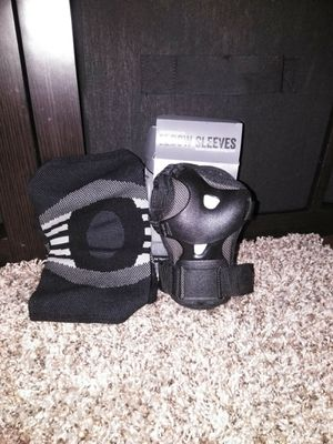 ELBOW SLEEVE AND WRISTBAND for Sale in Akron, OH