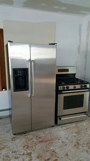 Stainless steel fridge and stove for Sale in Paterson, NJ