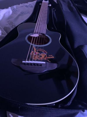 Yamaha apxt2 guitar 1/2 and blackstar amp for Sale in San Jose, CA