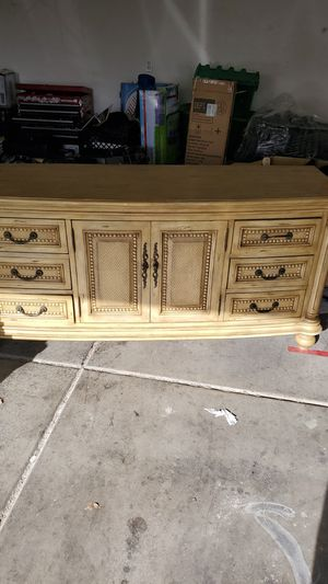 Antique all real wood drawer 6 drawer dresser for Sale in Las Vegas, NV