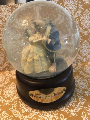 Vintage Disney Beauty & the Beast snow globe for Sale in Irvine, CA