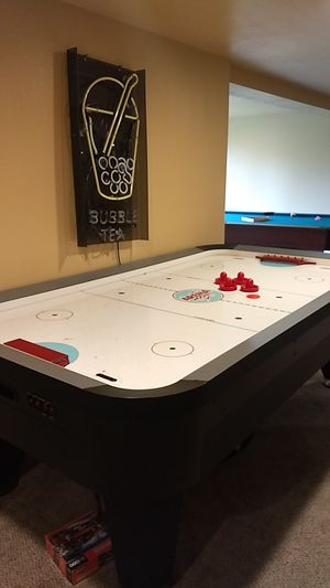 Harvard air hockey table for Sale in Everett, WA