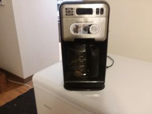 Hamilton Beach coffee maker with timer for Sale in Peoria, IL