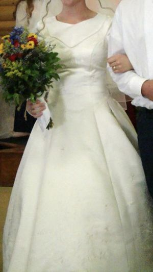 Wedding dress for Sale in Greeneville, TN
