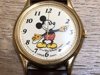 Vintage 1980's Mickey Mouse Wrist Watch, Disney Licensed, byLorus. quartz movement made in Japan for Sale in Covington,  WA