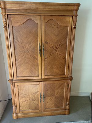 Armoire desk/computer for Sale in Corona, CA