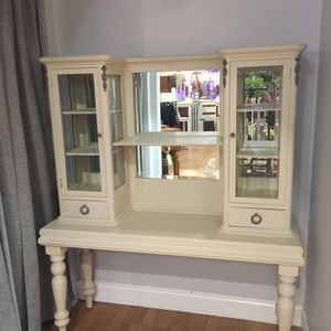 Antique China Cabinet / Vanity for Sale in Clearwater, FL