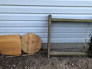 Free-Framed Compost Screen & Round & Wood Seat for Sale in New Britain, PA