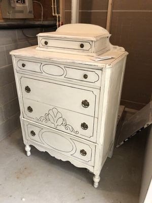 Antique Dresser for Sale in Columbia, MD