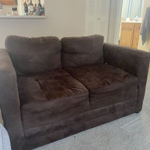 Free Couch for Sale in DeBary, FL
