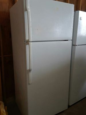 White Refrigerator for Sale in Austin, TX