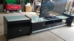 Black frosted glass tv stand for Sale in Fresno, CA