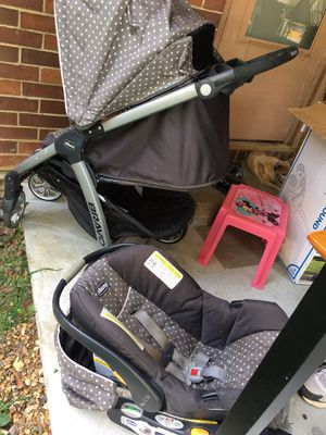 Baby car seat and stroller for Sale in Rogers, AR