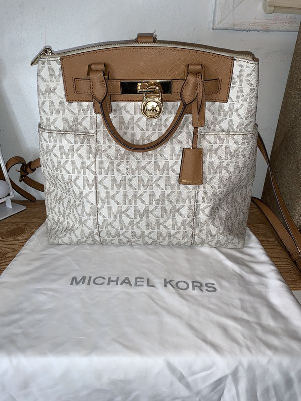 Michael Kors 💯 Authentic