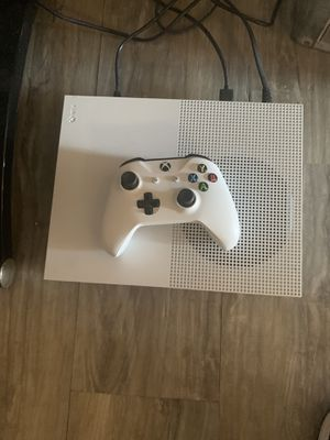 Xbox one s 500gb for Sale in Spring Valley, CA