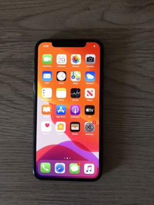 Iphone X 64gb Unlocked for Sale in Pomona, CA