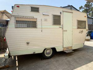 1968 Shasta Starflyte 17' Vintage Travel Trailer for Sale in San Diego, CA