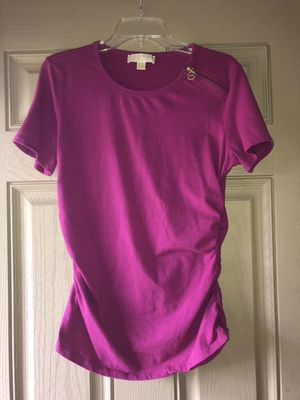 MK Michael Kors Short Sleeve Pink L for Sale in Milton, FL