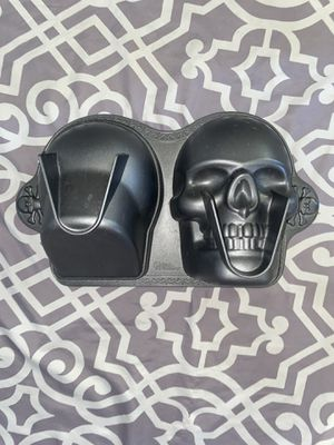 Silicone Craft DIY Skull Goth Cake Shape Wax Mold Metal for Sale in Lake Forest, CA