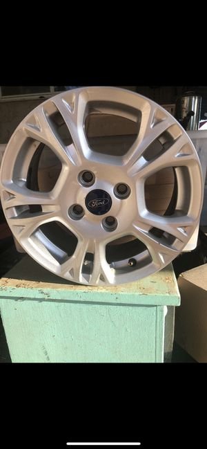 """4 2015 Ford rims slightly used. Like brand new. 16"""" for Sale in Lakeside, CA"""