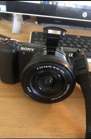 Sony camera cx5100 for Sale in Sacramento, CA