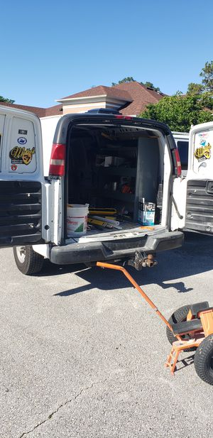 2005 Chevy Express 2500 full size for Sale in Orlando, FL